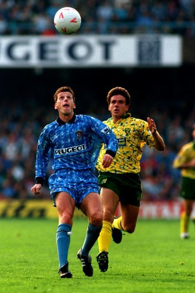 BRIAN BORROWS (COVENTRY CITY) AND DAVID PHILLIPS (NORWICH) CHASE THE BALL